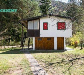Contest d'Architettura per la ristrutturazione di una piccola villa a PUR
